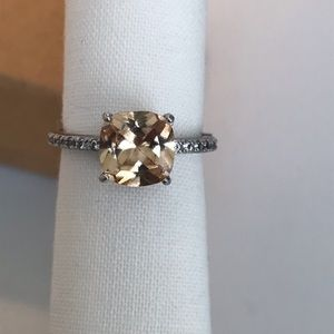 Size 5.5 Ring Champaign Crystal W Box *free gift*